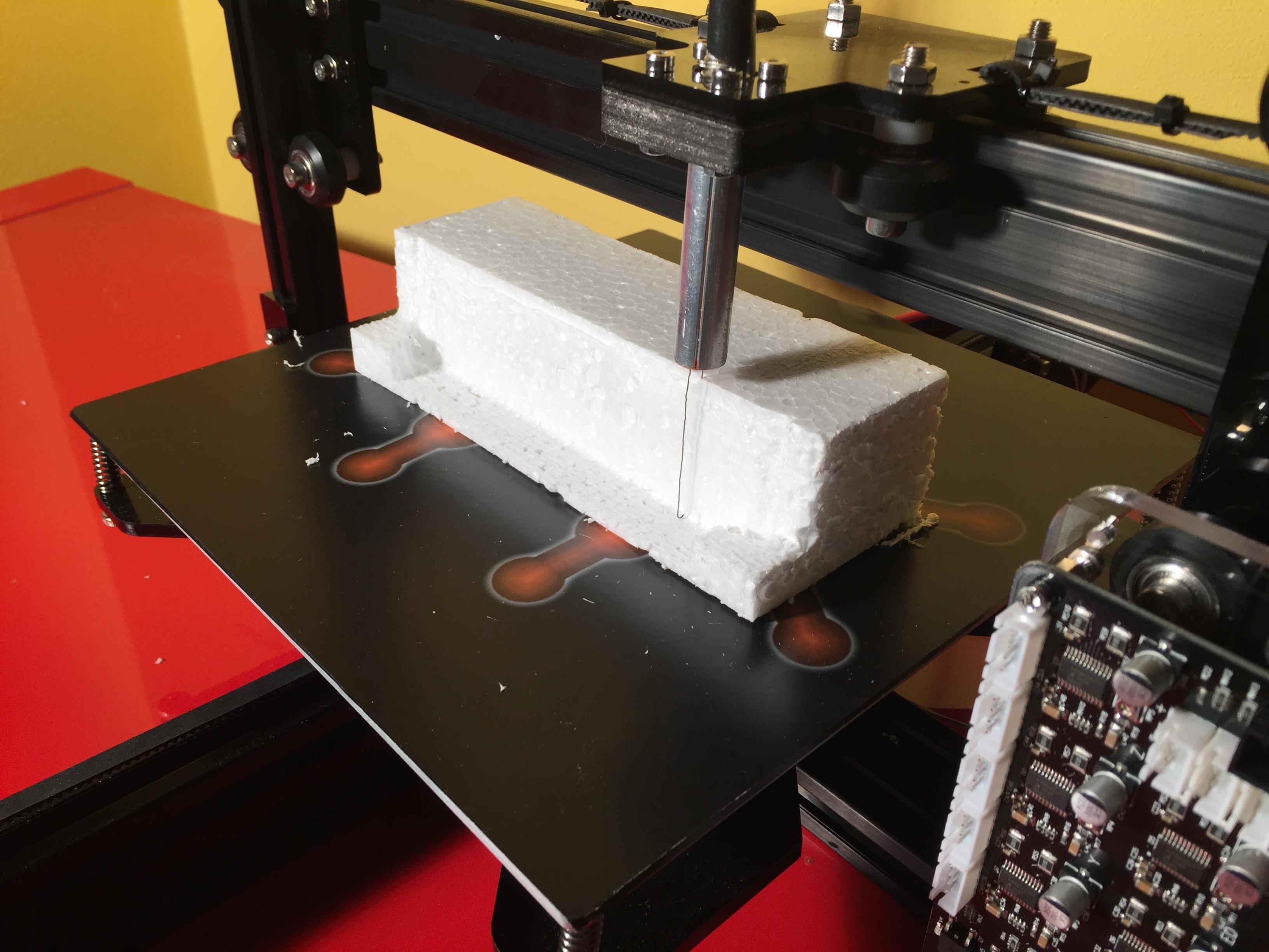 PolyShaper: taglio e modellazione 3D del polistirolo