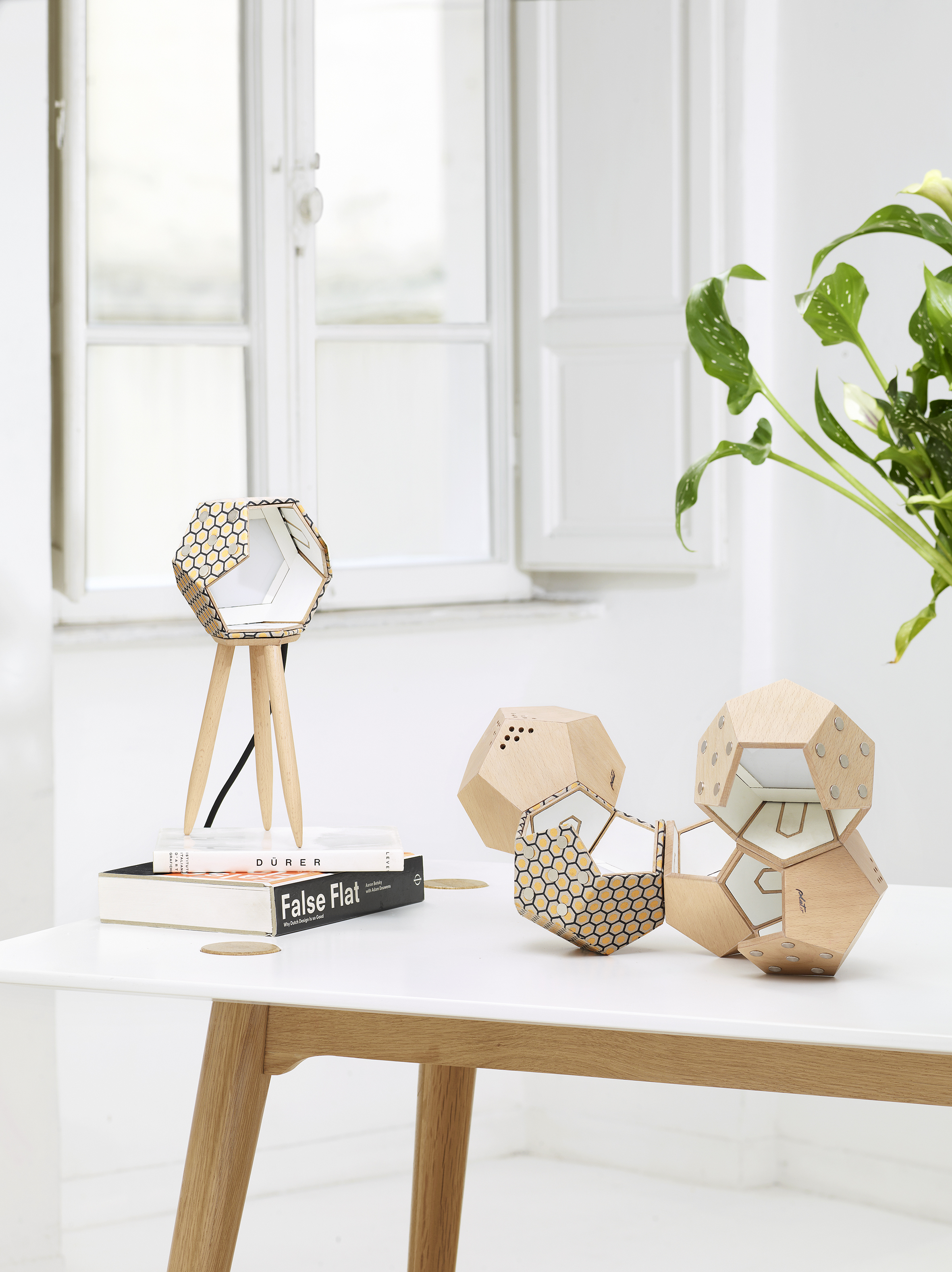 TWELVE Collection modular magnetic lamps