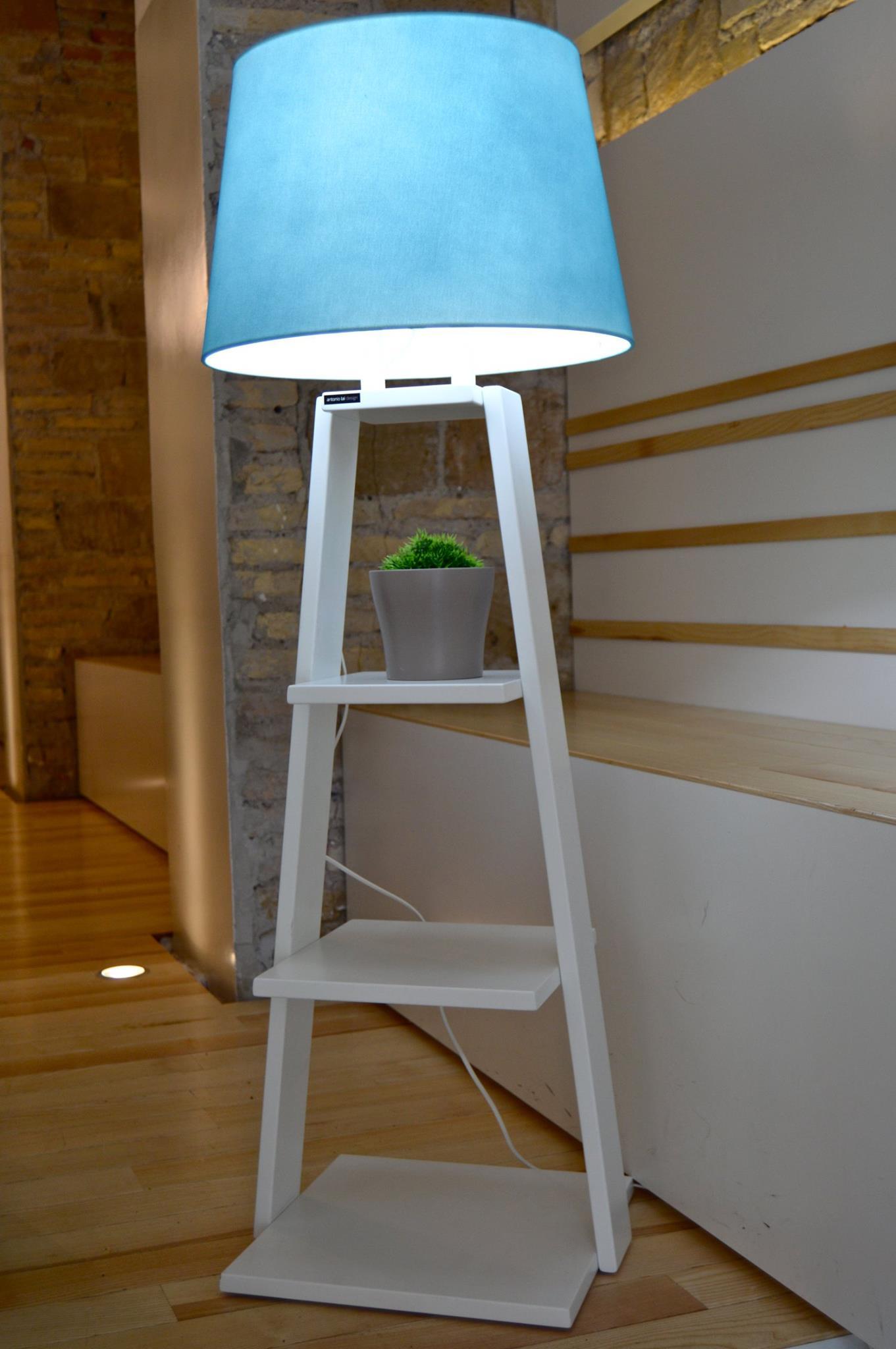 lampada/libreria