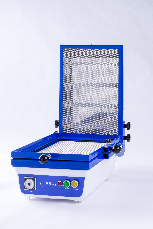 FLOW easy thermoforming presenta FLOW A3desk la termoformatrice per tutti in formato A3