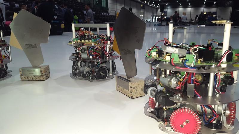 Robot calciatore Viper III