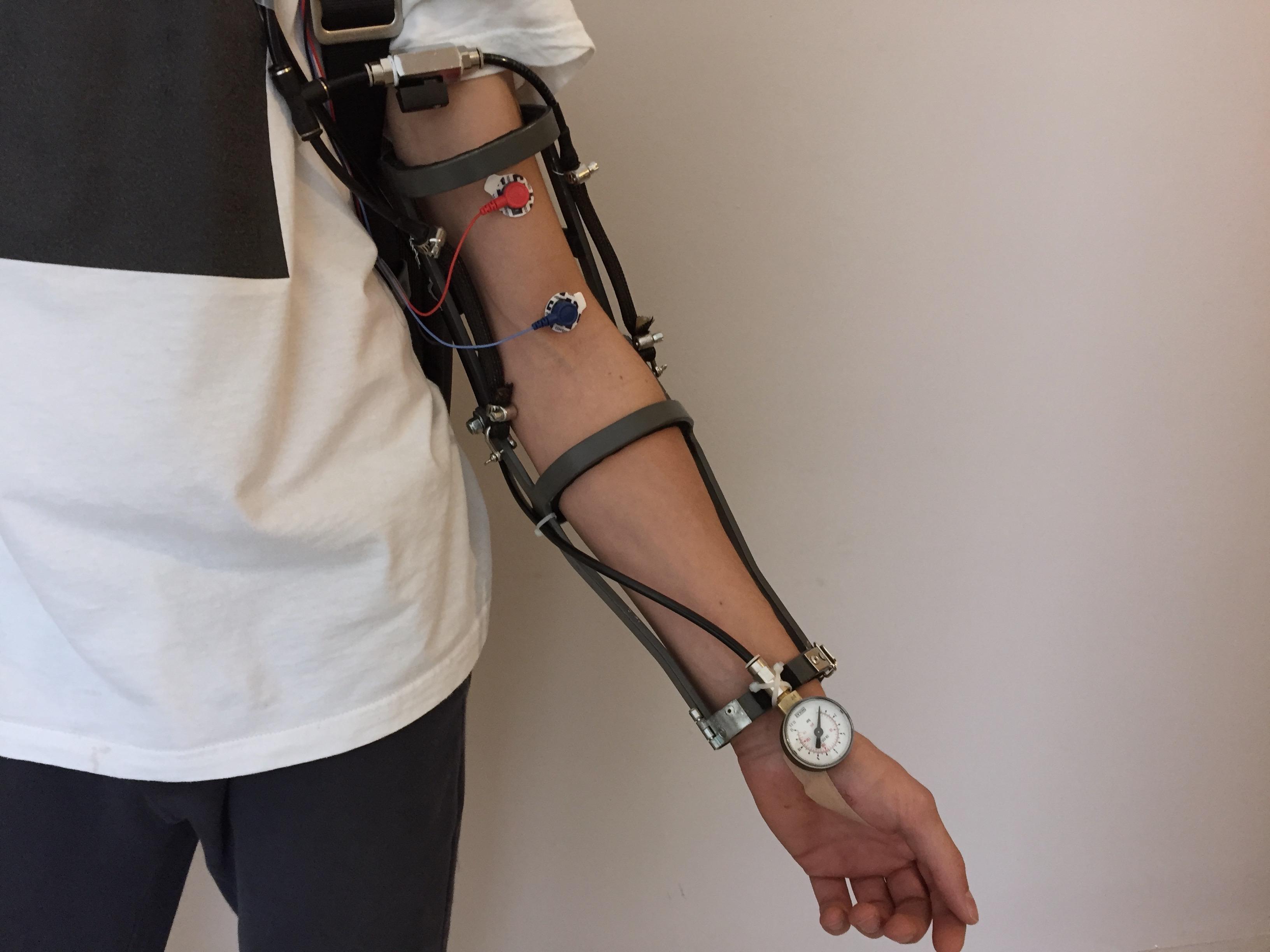 Orion - l'esoscheletro controllato attraverso i muscoli
