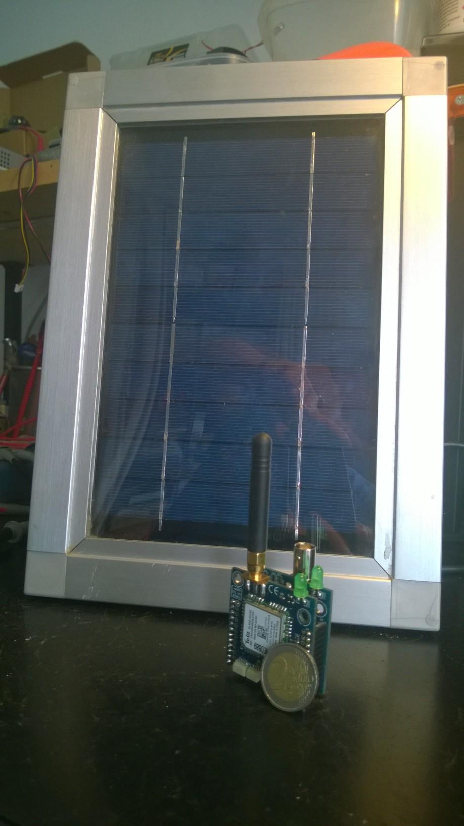 Sistema per il campionamento polline e per il monitoraggio di parametri ambientali tramite server IOT.