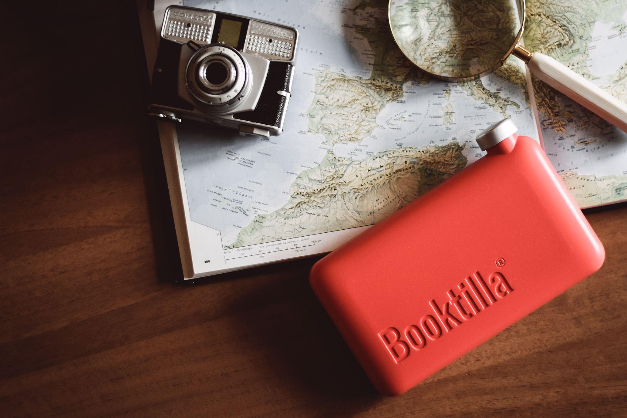 Booktilla®: la borraccia piatta letteraria e innovativa