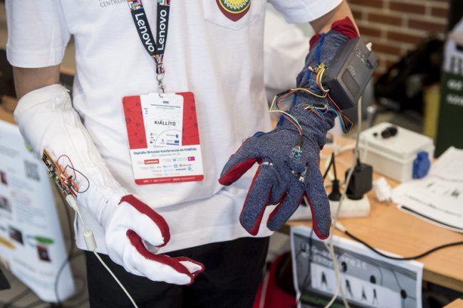 Sign Language Gloves