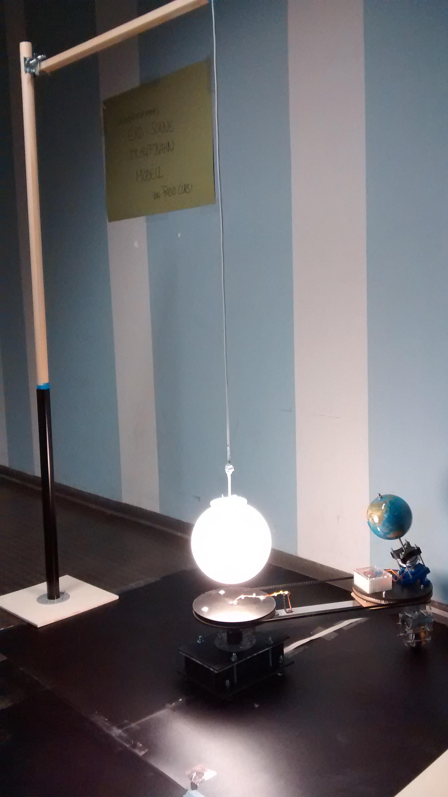 Galileino  - Hardware simulator of Earth and Sun in motion