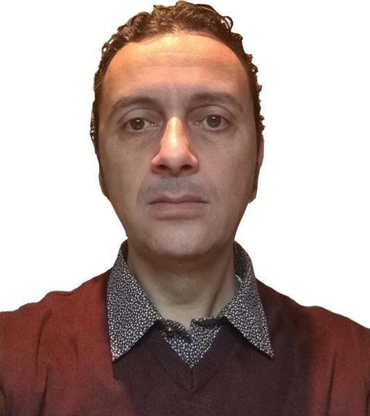 MINI GENERATORE EOLICO VERTICALE STAMPATO IN 3D